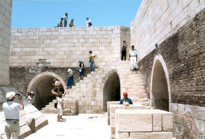 قلعة قايتباى بالاسكندريه (مصر) rosette-8.jpg